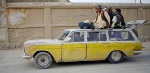 Overvolle auto